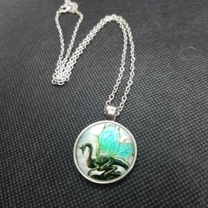 Dragon Necklace With 20 Inch Chain
